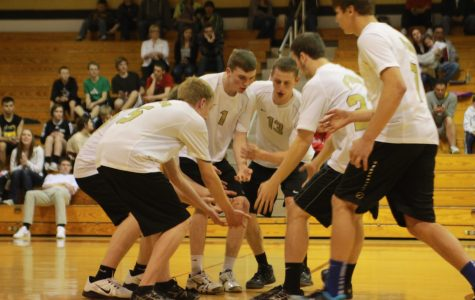 Boys Varsity Volleyball defeats FZW