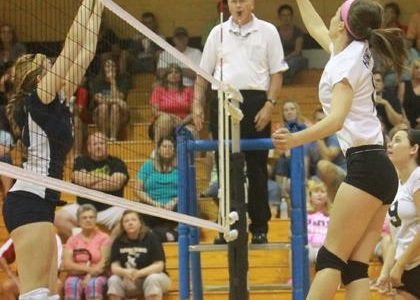 9-12 Varsity Volleyball vs. Timberland [photo gallery]