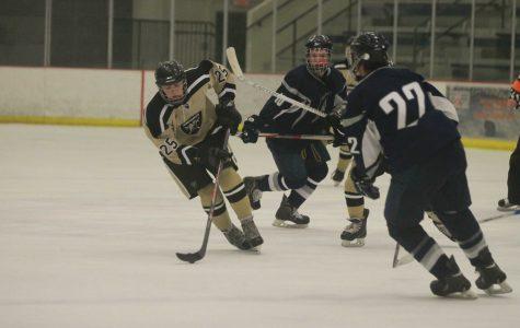 Varsity Hockey Starts First Round of Playoffs