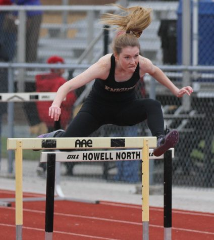 4-4 Friday Knight Relays [Photo Gallery]