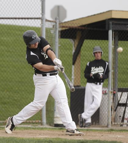 4-29 V Baseball vs FHC [Photo Gallery]