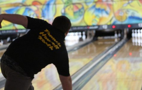 2-8 Bowling [Photo Gallery]