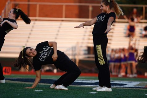 Knightline, Studline Returns for Annual Homecoming Routine