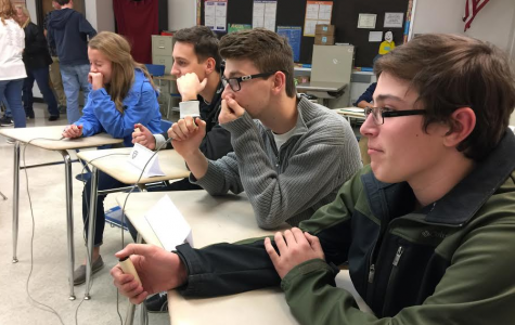 Scholar Bowl Competes While Preparing for Districts