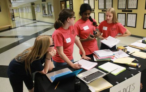 Speech and Debate Prepares for February Parkway Tournament