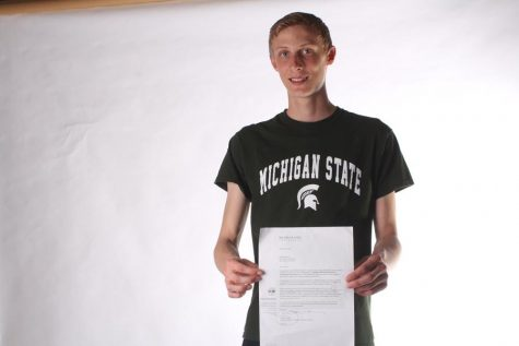 Andrew Schmidt receives a Full Ride