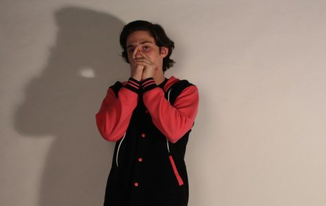 Freshman Randy Miesner Beatboxes
