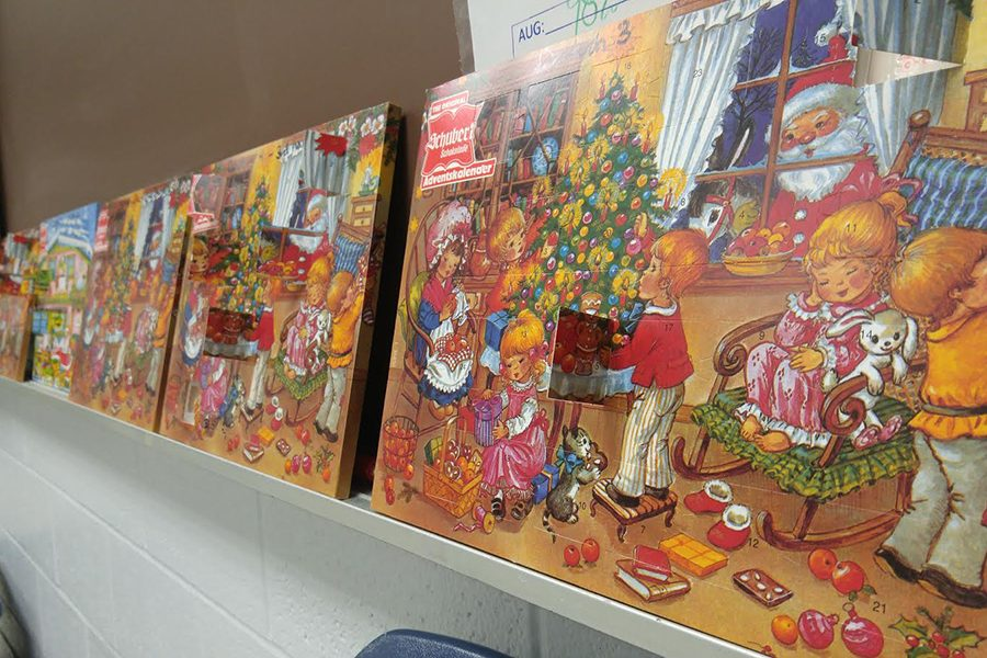 German Club Sells Advent Calendars