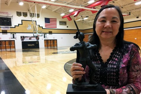 Arlene Kearns Receives 2017 Support Staff of the Year