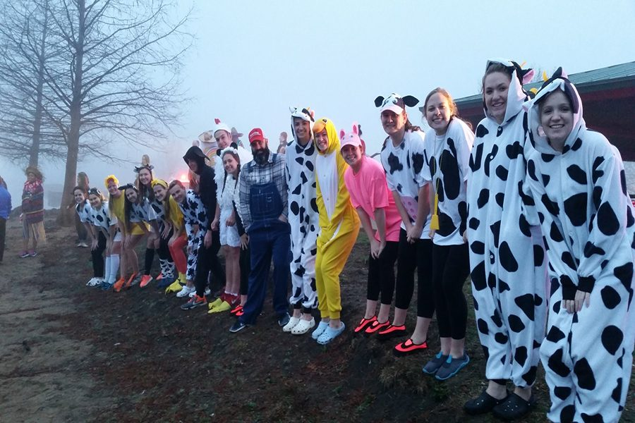 HOSA Members Attend Pre-Plunge Event
