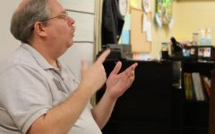 Thomas Skinner uses Sign Language to Help Students