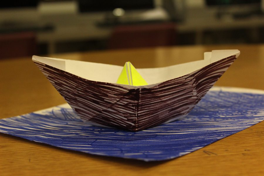 DIY Origami Boat [Photo Gallery]