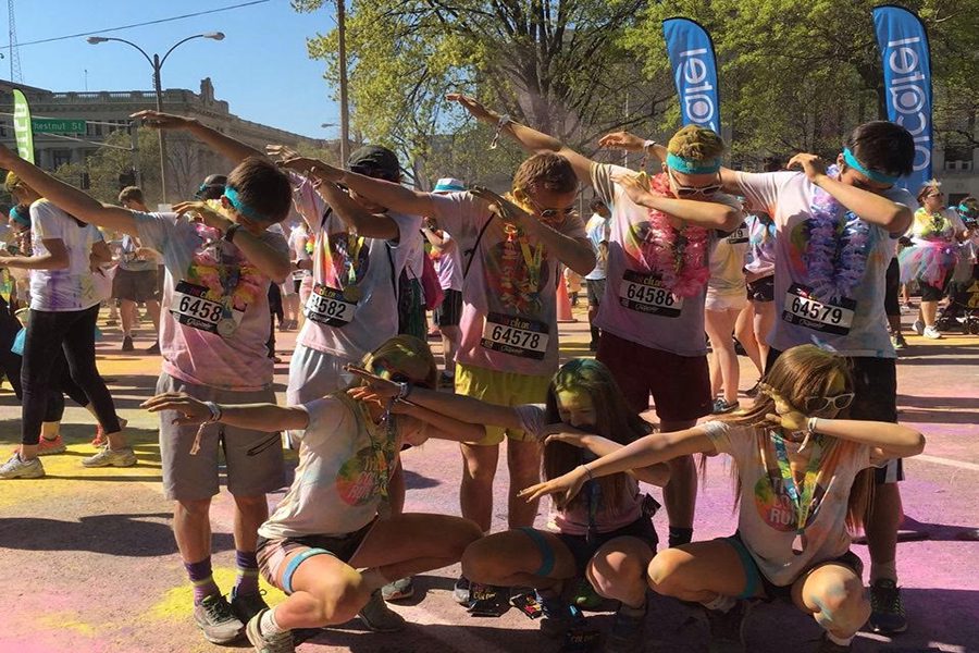 Sophomores Sam Cary, Hannah Degraw and Mackenzie Pugh with seniors Andrew Santel, Adam Quigley, Brenden Mollett, Josh Fajardo and Drew Lanig, ran in the 2016 Color Run. (photo submitted)