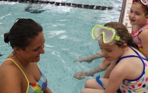 Senior Emily Kolb is a YMCA Swim Instructor [Photo Story]