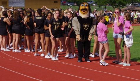 Weather threatens Black and Gold Day