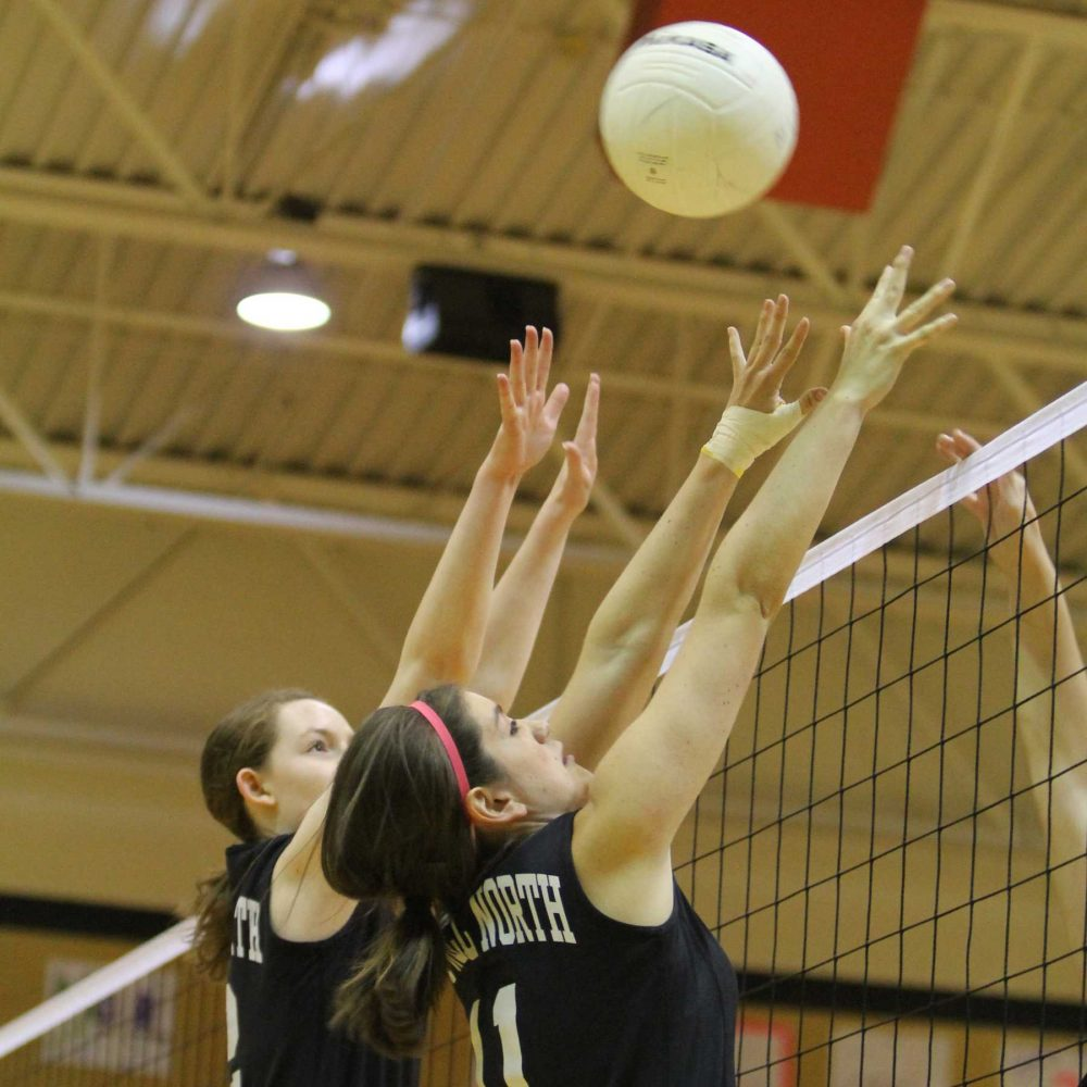 [Photo Gallery] JV Volleyball vs Hazelwood West