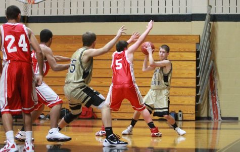 Fr. Boys Basketball vs Warrenton [Photo Gallery]