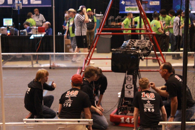 Raven Robotics Competes in FRC Championship