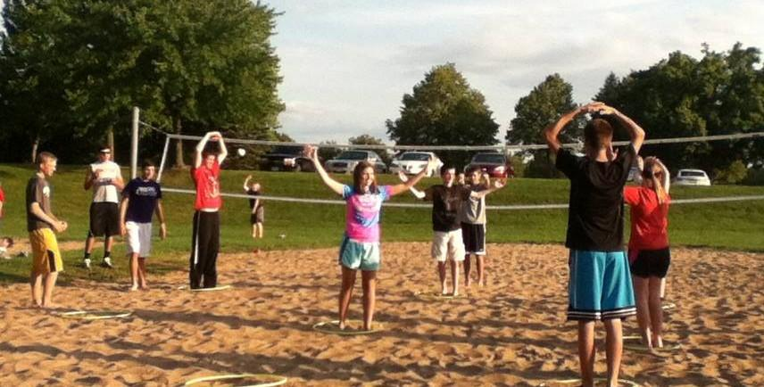 Students play human tic-tac-toe at the FCA Kickoff on August 15.
