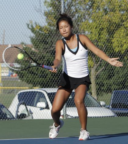 Takenakas Dominate Tennis Court