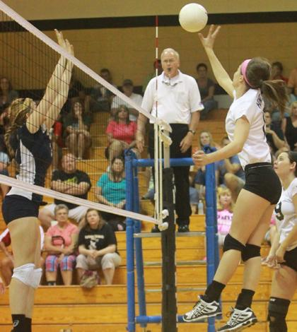 9-12 Varsity Volleyball vs. Timberland [photo gallery]