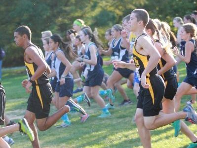 Varsity boys cross country team during meet on Oct. 17.