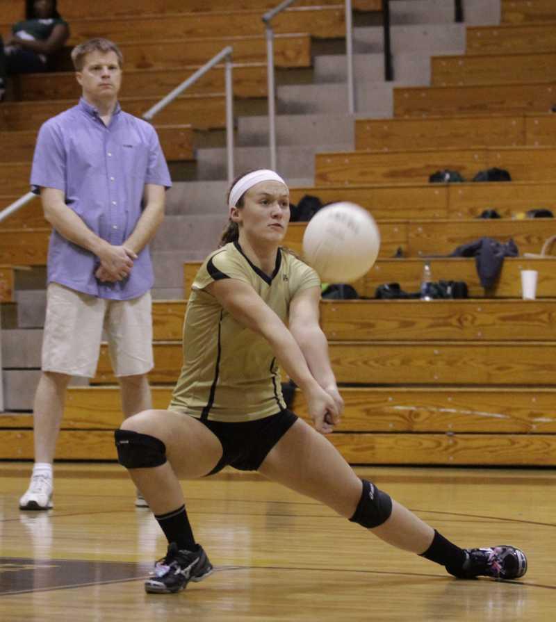 [Photo Gallery] 10-10 Varsity Girls Volleyball Vs. Pattonville