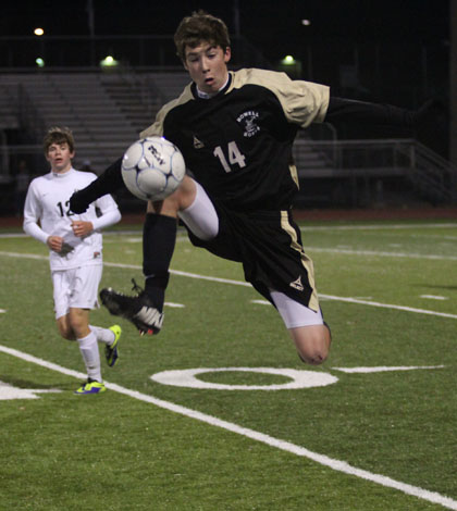 Varsity Soccer Loses First Round of Sectionals