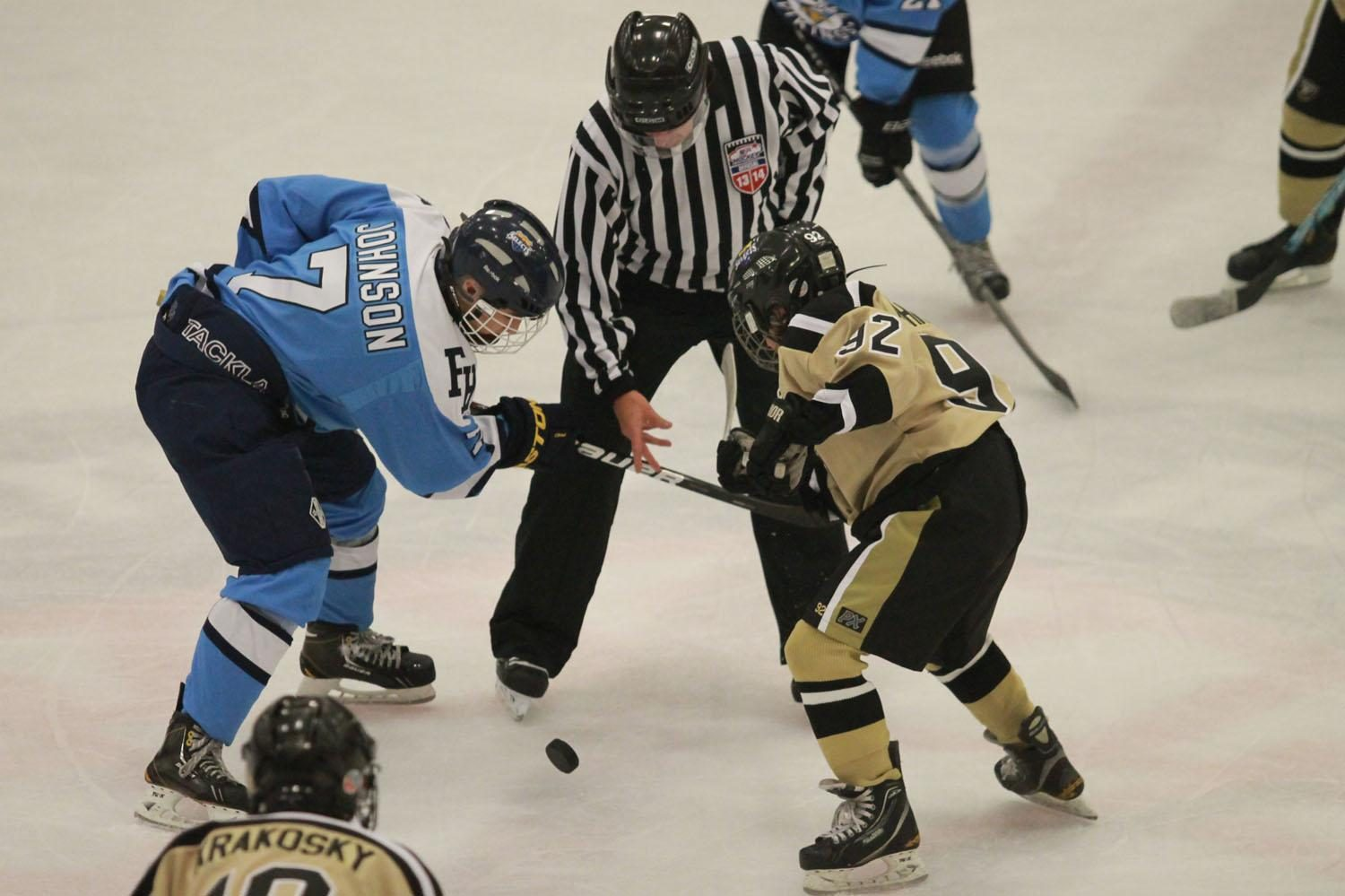 11-2 V Hockey Vs. Howell [Photo Gallery]