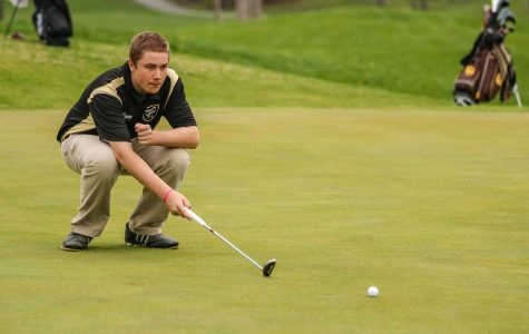 Senior Cody Pingleton Leads the Knights in Golf and Roller Hockey
