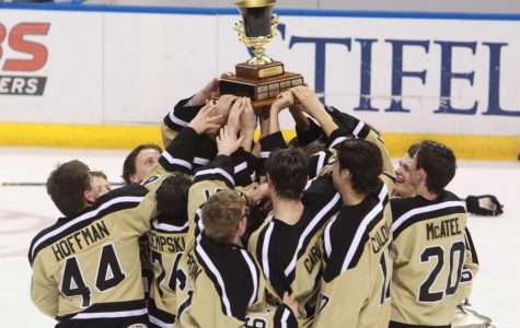 Ice Hockey Takes Home First Ever Wickenheiser Cup