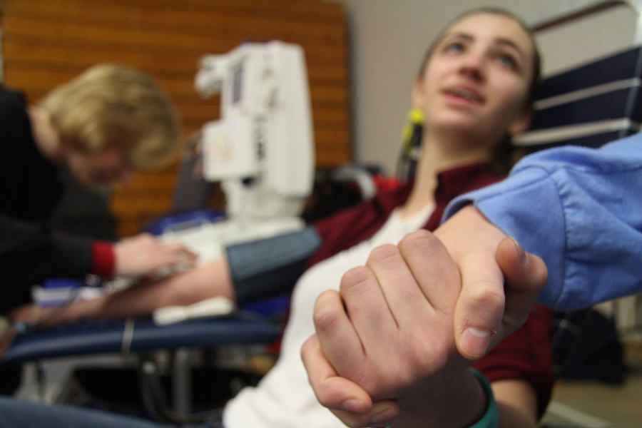 Lewis and Clark Hosts Blood Drive
