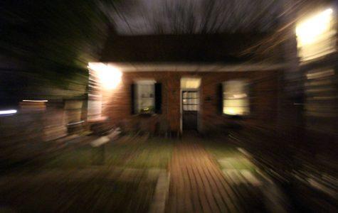 Ghostly Walk on Main Street [Photo Story]