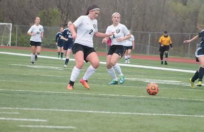 4-7 V/JV Girls Soccer V FHC [Photo Gallery]