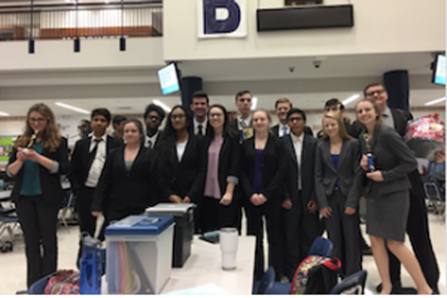 Speech and Debate Prepares for Regional Tournament