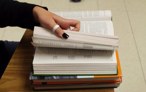 A new textbook policy is taking place this year, requiring students to turn in their textbooks in order to take their final on the regular day. Failure to return their textbook will result in a fee. Students who don't return their books will have to take their final on a makeup day.