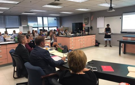 Biomedical Innovation Class Begins Their Year Long Research Projects