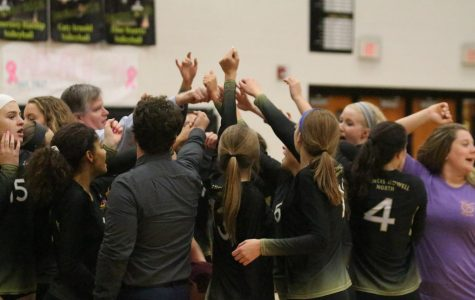 Girls Volleyball Exceeds Expectations Despite Injuries