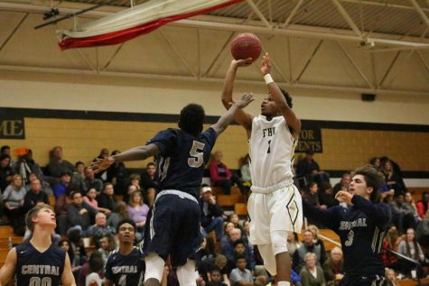 Timberland Outlasts Howell North Despite a Strong Effort by Mathews-Williams