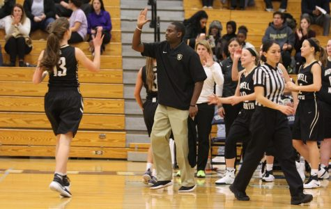 Coach Thompson Resigns, Hahn Takes Over as Varsity Girls Head Basketball Coach