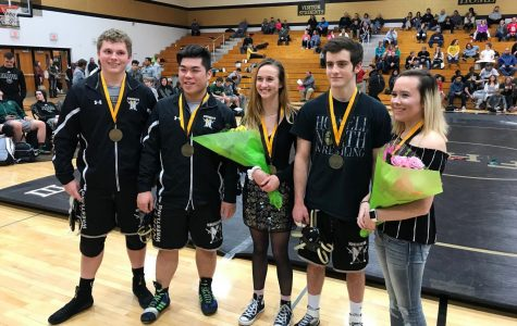 Seniors on Varsity Wrestling Win Out on Senior Night