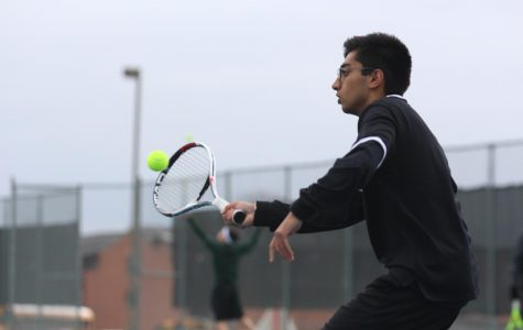 Varsity Tennis Confident Heading into Spring Break