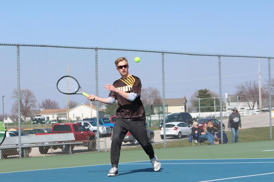 4-10 Varsity Boys Tennis vs. Parkway South [Photo Gallery]