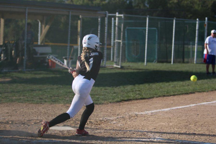 9-18 Varsity Softball vs FZW [Photo Gallery]
