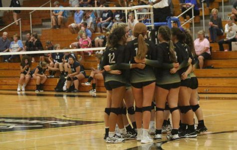 9-11 Varsity Girls Volleyball vs Holt [Photo Gallery]