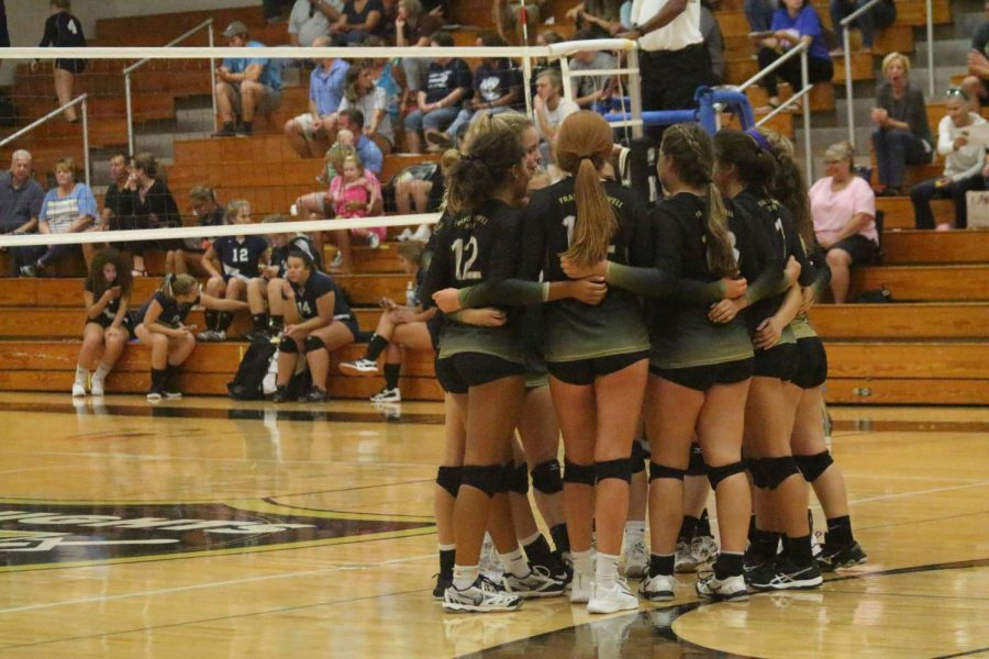 9-11 Varsity Girls Volleyball vs Holt [Photo Gallery]