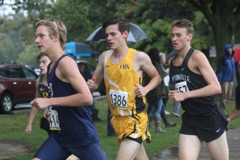 High Hopes for Districts: Cross Country Looks Forward to their Upcoming District Meet