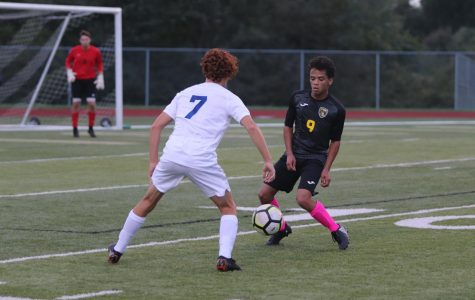 10-9 Varsity Boys Soccer vs. Francis Howell [Photo Gallery]