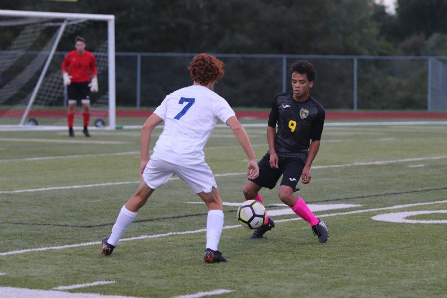 10-9 Varsity Boys Soccer vs. Francis Howell [Photo Gallery]