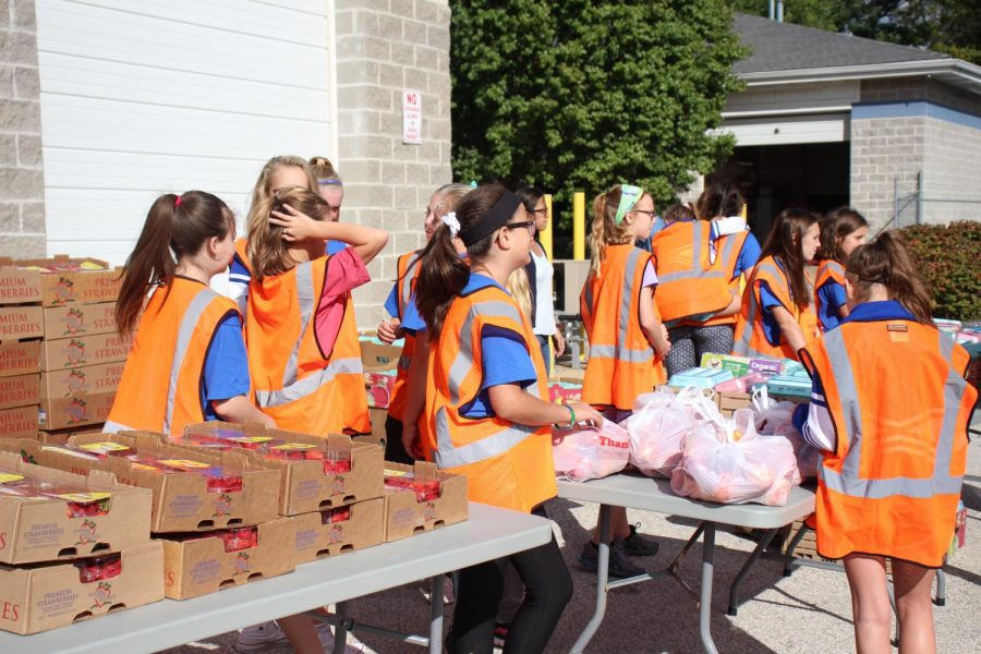 On Wednesday, Oct. 10, FHSD hosted a local mobile market for surrounding community families.